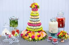 Macarons-on-Dessert-Bar