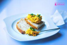 Pasta z marchewki w dwóch odsłonach » Jadłonomia What You Eat, Salmon Burgers, Sandwiches, Eggs, Bread, Snacks, Vegetables, Breakfast, Ethnic Recipes