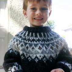 boys kids icelandic sweater, photo from lebcoleman, istex knitting pattern, fuzzy fluffy childs childrens lopapeysa nordic Boys Sweaters, Cardigans, Men Sweater, Icelandic Sweaters, Chunky Knitting Patterns, Chunky Wool, Kids Patterns, Rare Photos, Hygge