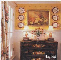 Pretty Betsy showed us a beautiful vintage bathroom makeover.  http://betsyspeert.blogspot.com/2012/07/vintage-bathroom-makeover.html