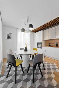 Blanco, gris amarillo y madera 03b - comedor con suelo geométrico