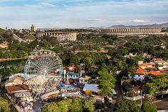 BELO HORIZONTE - Parque Guanabara, na Pampulha. Ao fundo os estádios Mineirão e Mineirinho.