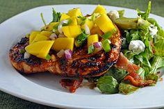 Barbecue Chicken With Fresh Mango Salsa - Healthy Delicious Pork Recipes, Chicken Recipes, Healthy Recipes, Recipies, Healthy Eats, Mango Salsa Chicken, Bbq Marinade, Barbecue Chicken, Barbecue Sauce