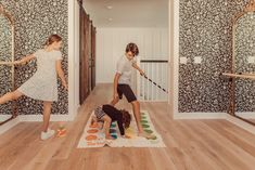 Visit here to see these Social Distancing Activities Your Kids Can Do at Home on City Girl Gone Mom! If you are looking for kids activities at home and things to do to entertain your kids at home, then this is the blog post for you. Believe it or not, you can have fun with kids activities indoors that are at home. Learn to play social distance games in a safe and fun way for your kids! You will love these social distancing activities for kids and teens. #activities #kids Parenting Teens, Good Parenting, Single Parenting, Parenting Hacks, Kids Summer Schedule, Every Mom Needs, San Diego Living, Mommy Style, City Girl