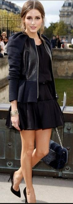 Olivia Palermo con falda de vuelo, nuevo must de otoño