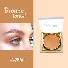 Όσο καλοκαιριάζει, επιλέγουμε μπρονζέ τόνους στο μακιγιάζ των ματιών! Τα ανοιχτόχρωμα μάτια αναδεικνύονται και τα πιο σκούρα φωτίζονται ιδανικά! #loviecosmetics #summer #makeup #shadows #bronze Blush, Bronze, Cosmetics, Beauty, Beleza, Beauty Products, Rouge, Blushes, Blush Dupes