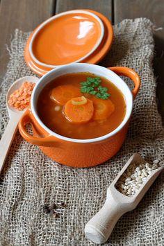 Zupa z czerwoną soczewicą i kaszą pęczak