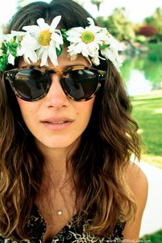 Sunnies and flowers.