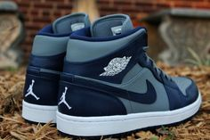 detailed look 6828c 57cb2 Air Jordan Mid 1 Georgetown Hoyas Kicks www.