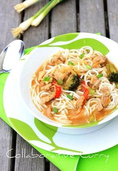 chinese chicken and vegetable noodle soup