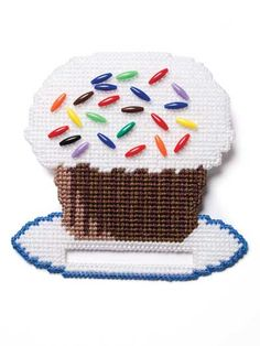 Plastic Canvas Towel Toppers Another Idea for mom to go with her towels Plastic Canvas Ornaments, Plastic Canvas Crafts, Plastic Canvas Patterns, Plastic Craft, Cottage Crafts, Home Crafts, Fun Crafts, Types Of Craft, Needlepoint