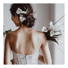 Wedding Hair And Makeup, Bridal Hair, Hair Makeup, Hear Style, Wedding Styles, Wedding Photos, Hair Arrange, Wedding Bouquets, Wedding Dresses
