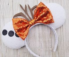 Disney Diy, Diy Disney Ears, Disney Crafts, Disney Headbands, Mickey Mouse Ears Headband, Ear Headbands, Mickey Ears Diy, Micky Ears, Disney Minnie Mouse Ears