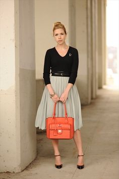 Skirtskirtskirt. Also, Sidewalk Ready is probably the best fashion blog. Ever.