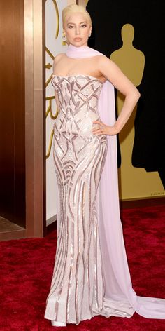 Oscars 2014 Red Carpet Arrivals - I can't even believe this is Lady Gaga! She looks gorgeous!