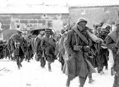 Spain - - GC - English Battalion marching to the front, Fuerte Caliente Spanish War, Paranormal Experience, Interwar Period, Military Costumes, Guernica, History Images, Illustrations, Poster On, World War I
