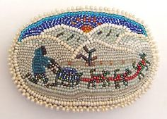 Native Alaskan beaded barrette, collection of Kathy Hinkle Indian Beadwork, Native Beadwork, Native American Beadwork, Native American Art, American Indians, Alaska, Beading Projects, Beading Tutorials, Beaded Bags
