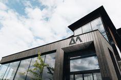 VEITH SPORT. Die neue Home Base für alle Fans des alpinen Pistenspaßes. Snowboard, Blinds, Concept, Sport, Home Decor, Deporte, Jalousies, Sports, Blind