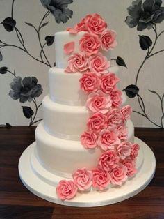 Rose pink side cake