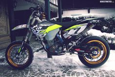 Husqvarna 501 FE Supermoto conversion – Otto Winter « Custom Bikes « DERESTRICTED