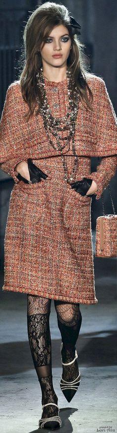 Chanel Métiers d'art 2015-16 #ChanelMetiersdArt #ParisinRome Visit http://espritdegabrielle.com | L'héritage de Coco Chanel #espritdegabrielle