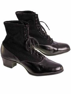 Vintage Ladies Black Wool & Leather Lace Up Boots 1910s NIB 8 S S & Co