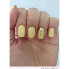 Having short nails is extremely practical. The problem is so many nail art and manicure designs that you'll find online Sparkle Nails, Gold Nails, Pink Nails, Glitter Nails, Yellow Nail Polish, Yellow Nail Art, Gel Nail Polish, Yellow Glitter, Gold Glitter