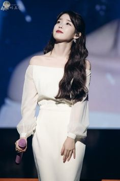 171210 IU Palette Concert in Seoul by 월아조운 Iu Fashion, Korean Fashion, Fashion Outfits, Korean Girl, Asian Girl, Idol 3, Oppa Gangnam Style, Chica Cool, Korean Actresses