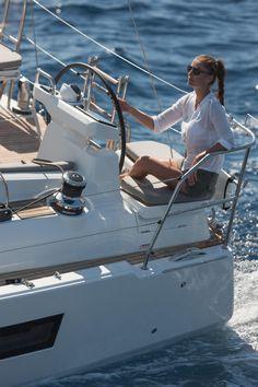 Jeanneau 51   Jeanneau Boats