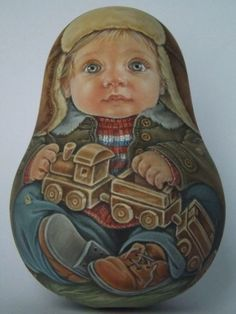 Matryoshka: Our collection of Russian dolls Russian dolls intrigue you? More than simple decorative objects, they symbolize Russia. So do not hesitate to discover our entire collection ofmatryoshka. Hand Painted Gourds, Marionette, Russian Painting, Doll Painting, Matryoshka Doll, Reborn Baby Dolls, Rock Art, Art Dolls, Drawings