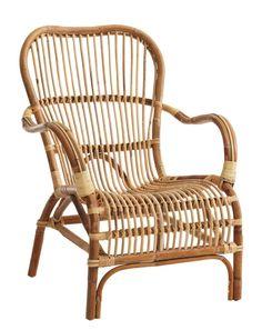 Celta Lenestol i naturlig rattan Outdoor Chairs, Outdoor Furniture, Outdoor Decor, Porch Styles, Brick Cladding, Outdoor Stone, Stone Flooring, Wicker, Lounges