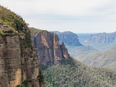 7 Blue Mountains Hikes That Will Leave You Breathless Fall Picnic, Picnic Spot, Picnic Area, Mountain Hiking, Blue Mountain, Grand Stairway, Sandy Beaches, Hiking Trails, Where To Go