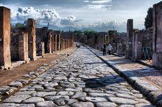 火山の噴火により一瞬にして消えた古代都市『ポンペイ』 | wondertrip
