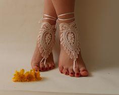 dentelle rose, pieds nus, sandales dentelle française, chaussures nude,, Bijoux de pied, de mariage, dentelle victorienne Yoga,dentelle : Autres accessoires par passionis