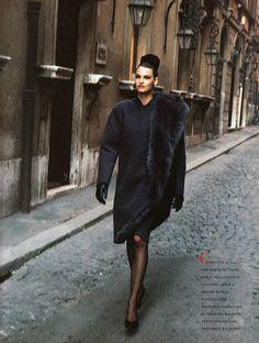 Roma - Vogue Italia (1988) Linda Evangelista by Peter Lindbergh