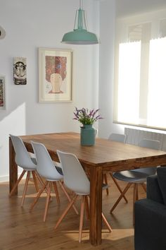 Luces de madera sillas de comedor and blog on pinterest for Comedor estilo nordico