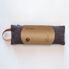 This 100% organic, scented eye pillow adds light pressure to your eyes and aromatherapy to your practice. Great for relaxing, laying meditation, yoga nidra, aiding in sleep and relief of headaches. Scented eye pillows are filled with lavender and flax seeds. Try it heated in the microwave or cooled in the freezer. Details: 100% organic, recycled cotton and hemp fabric cover 100% organic cotton inner liner with filled with organic flax and lavender (vegan) paper leather handle cover is… Relaxation Gifts, Hemp Fabric, Yoga Nidra, Jade Stone, Just Relax, How To Dye Fabric, Fabric Covered, Leather Handle, Aromatherapy