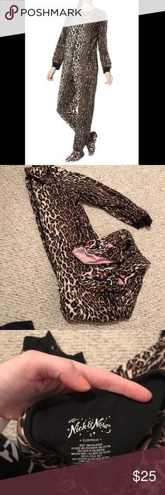 Adult cheetah onesie footie pajamas! These super cute nick and Nora pajamas are adult footie pjs!! They are cheetah print with cats on the feet. Super comfy to wear around or as a costume!! Size small. Nick & Nora Intimates & Sleepwear Pajamas