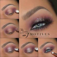 Gorgeous Makeup: Tips and Tricks With Eye Makeup and Eyeshadow – Makeup Design Ideas Blue Eye Makeup, Eye Makeup Tips, Skin Makeup, Eyeshadow Makeup, Beauty Makeup, Makeup Ideas, Gel Eyeliner, Motives Makeup, Makeup Basics