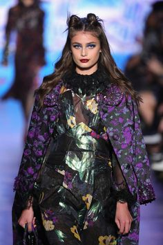 Taylor Hill walks the runway for the Anna Sui collection during New York Fashion Week: The Shows at Gallery 1, Skylight Clarkson Sq on February 15, 2017 in New York City.