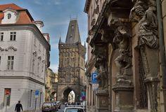Cateva obiective pe care sa nu le ratezi in Praga - Ioana Vesa Notre Dame, Barcelona Cathedral, Building, Travel, Prague, Viajes, Buildings, Destinations, Traveling