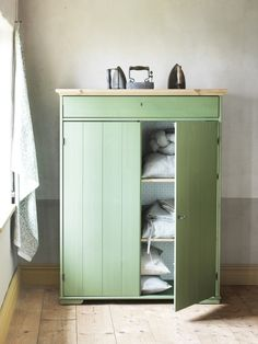 Hurdal Linen Cabinet, Green