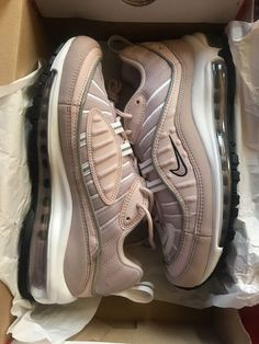 brand new airmax 98 woman's size 8 Nike Shoes Air Force, Nike Air Max, Air Max Sneakers, Sneakers Nike, Hype Shoes, Fresh Shoes, Shoe Game, Sneakers Fashion, Me Too Shoes