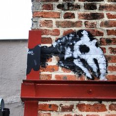 #paris #streetart #wall #walls #brique (Pris avec Instagram à paris 20ème)