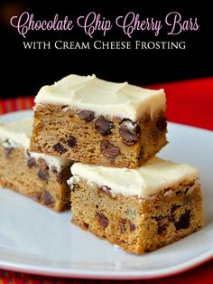 Chocolate Chip Cherry Bars with Cream Cheese Frosting - These slightly chewy cookie bars have plenty of dried cherries and chocolate chips baked inside with decadent layer of cream cheese icing on top. They also freeze quite well for holiday baking. Cream Cheese Bars, Chocolate Cream Cheese, Chocolate Chips, Chocolate Cherry, Baking Recipes, Cookie Recipes, Dessert Recipes, Just Desserts, Delicious Desserts