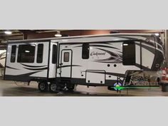 "2016 New Heartland Oakmont 345RS Fifth Wheel in Kansas KS.Recreational Vehicle, rv, 2016 Heartland Oakmont 345RS, We've just taken on this ""high value"" 5th wheel from Heartland and this is our first arrival. We will offer introduction pricing on this new to us trailer through our show season. Two more coming soon. Enjoy camping in this Oakmont fifth wheel by Heartland RV. Inside model 345RS you will find triple slides for increased floor space, and a kitchen island, plus more.As you enter…"