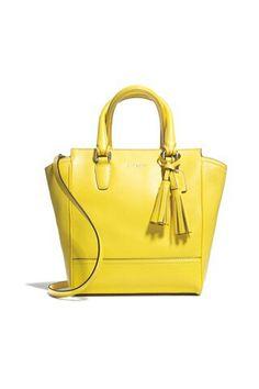 9046ee982762 108 Best Handbags images
