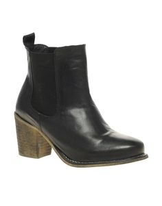 Leather Block Heel Chelsea Boot