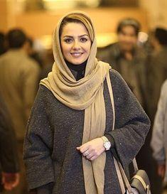 Iranian Women Fashion, Muslim Fashion, Hijab Fashion, Womens Fashion, Beautiful Muslim Women, Beautiful Hijab, Iranian Beauty, Muslim Beauty, Iranian Actors