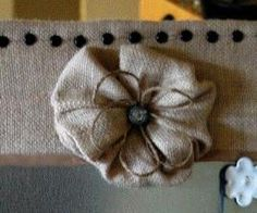 ~ burlap flower ~ made like a yoyo quilt ~ tutorial ~ also tutorials for other types of burlap flowers ~ Tatertots and Jello blog ~